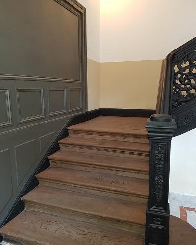Rénovation peinture cage d'escalier